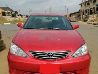 Super clean toyota camry le 2003 model with 4 plugs engine