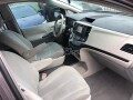 foreign-used-2011-toyota-sienna-small-5