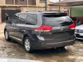 foreign-used-2011-toyota-sienna-small-0