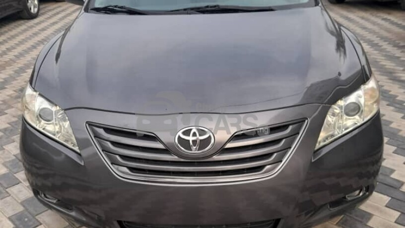foreign-used-2009-toyota-camry-le-big-0