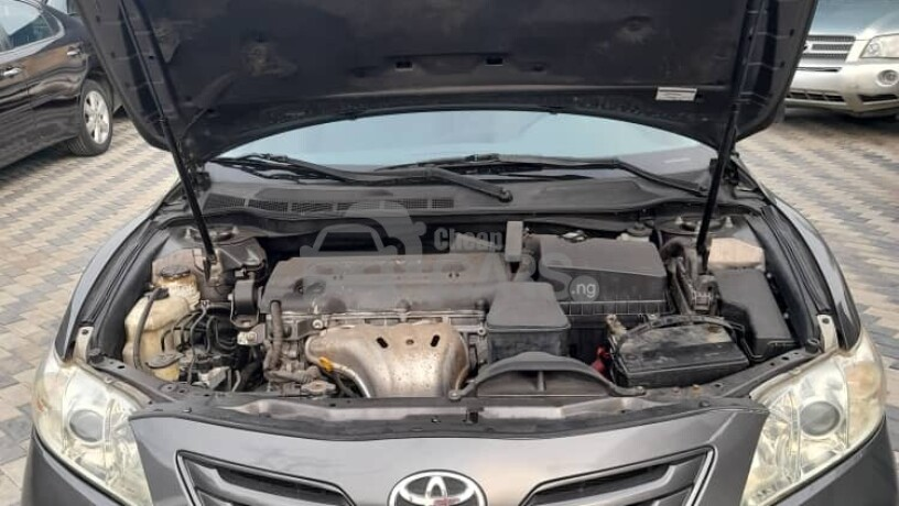 foreign-used-2009-toyota-camry-le-big-3