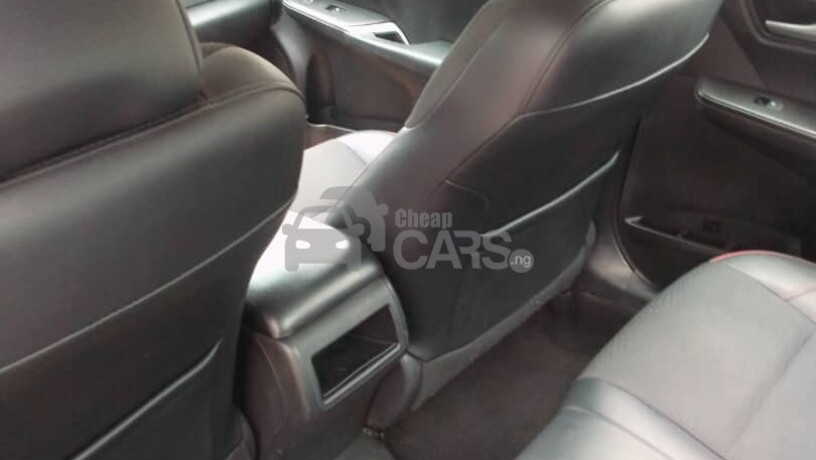 foreign-used-2017-toyota-camry-sports-big-3