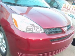 Foreign Used 2004 Toyota Sienna LE AWD