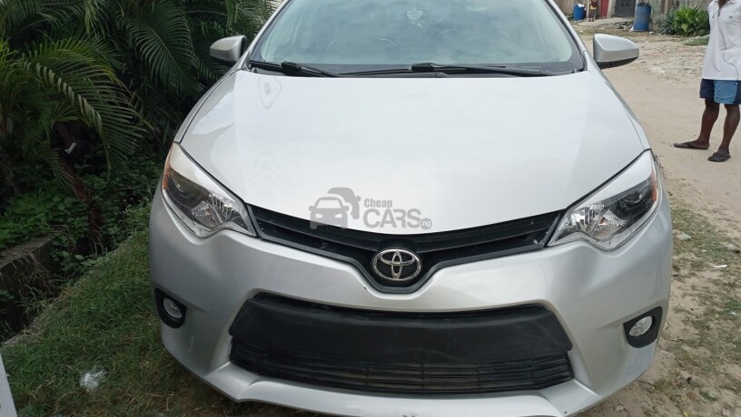 toyota-corolla-2015-silver-foreign-used-big-0