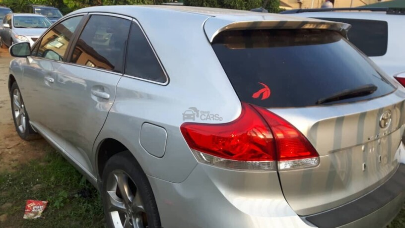 foreign-used-2012-toyota-venza-big-5