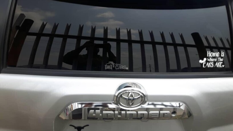 foreign-used-2010-toyota-4runner-big-3